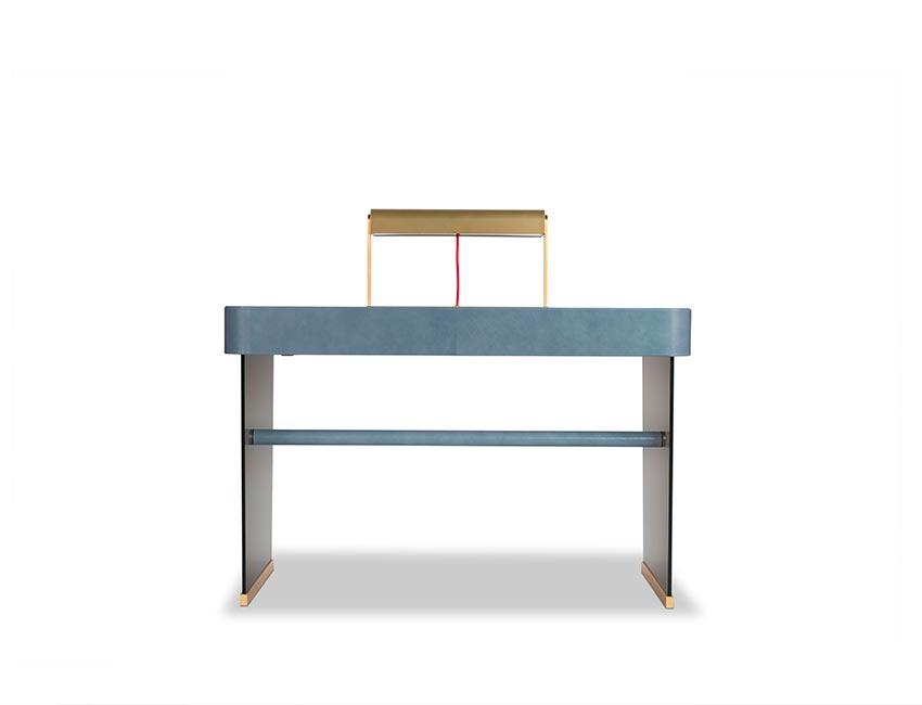 New products '018   Hazel desk   Baxter
