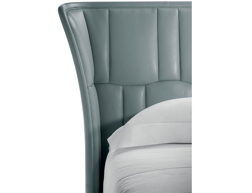 New bedroom '018 | Lola darling bed | Poltrona frau